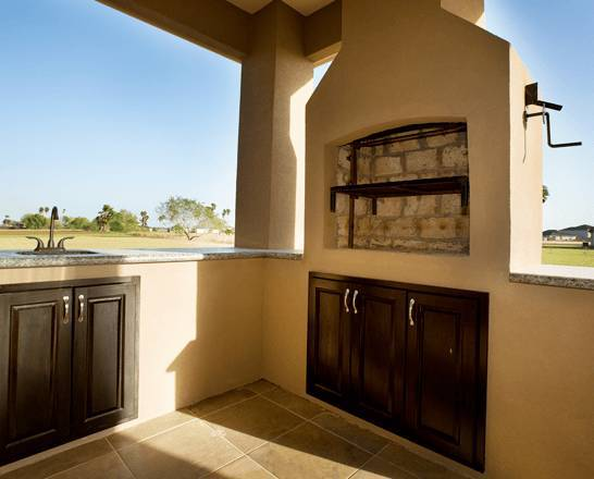 Patio view of rustic residence in Pharr, Tx